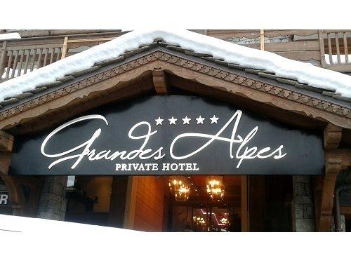 Enseigne lumineuse Hôtel Grandes Alpes