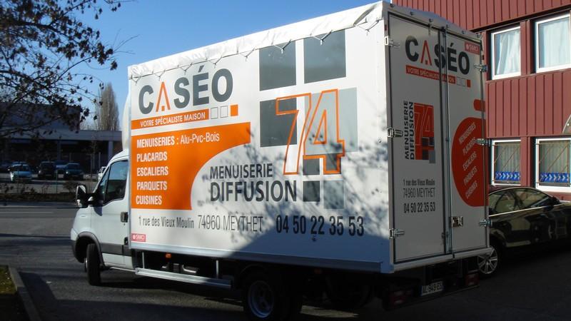 impression sticker personnalisé camionette