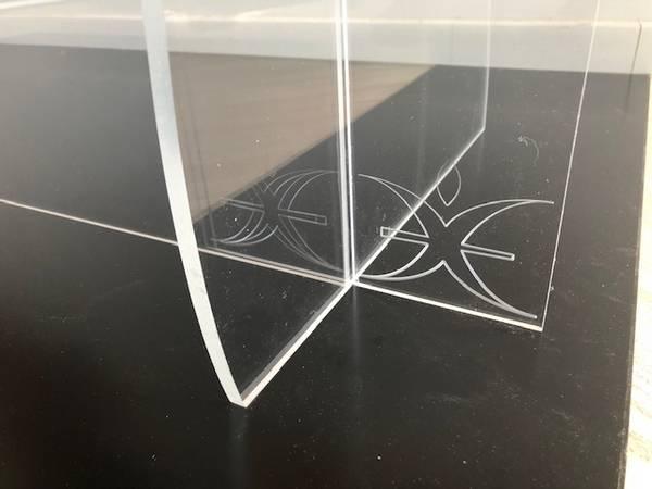 protection comptoir plexiglass personnalisé